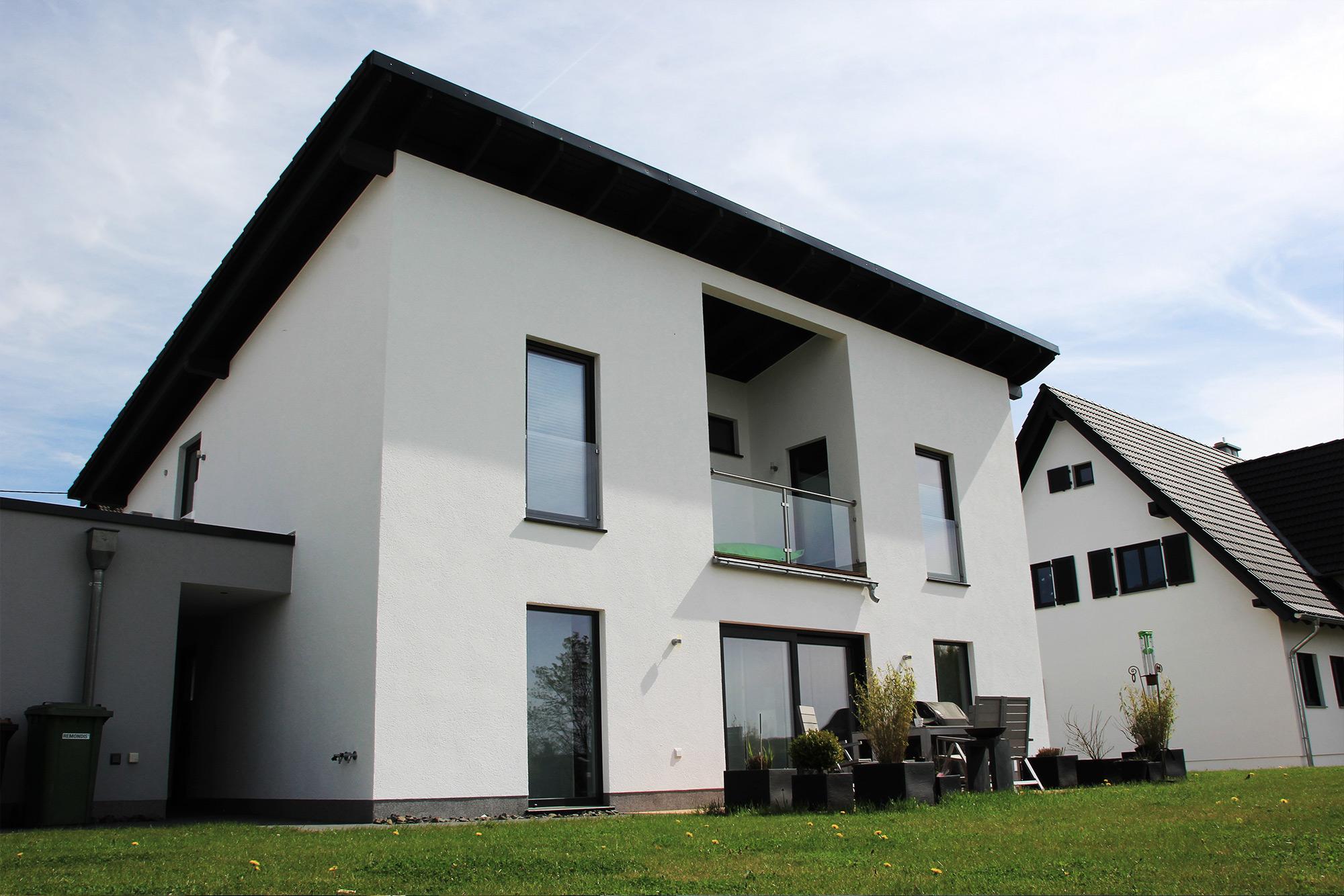 garage mit pultdach best 28 images einfamilienhaus mit pultdach und garage ideen haus. Black Bedroom Furniture Sets. Home Design Ideas