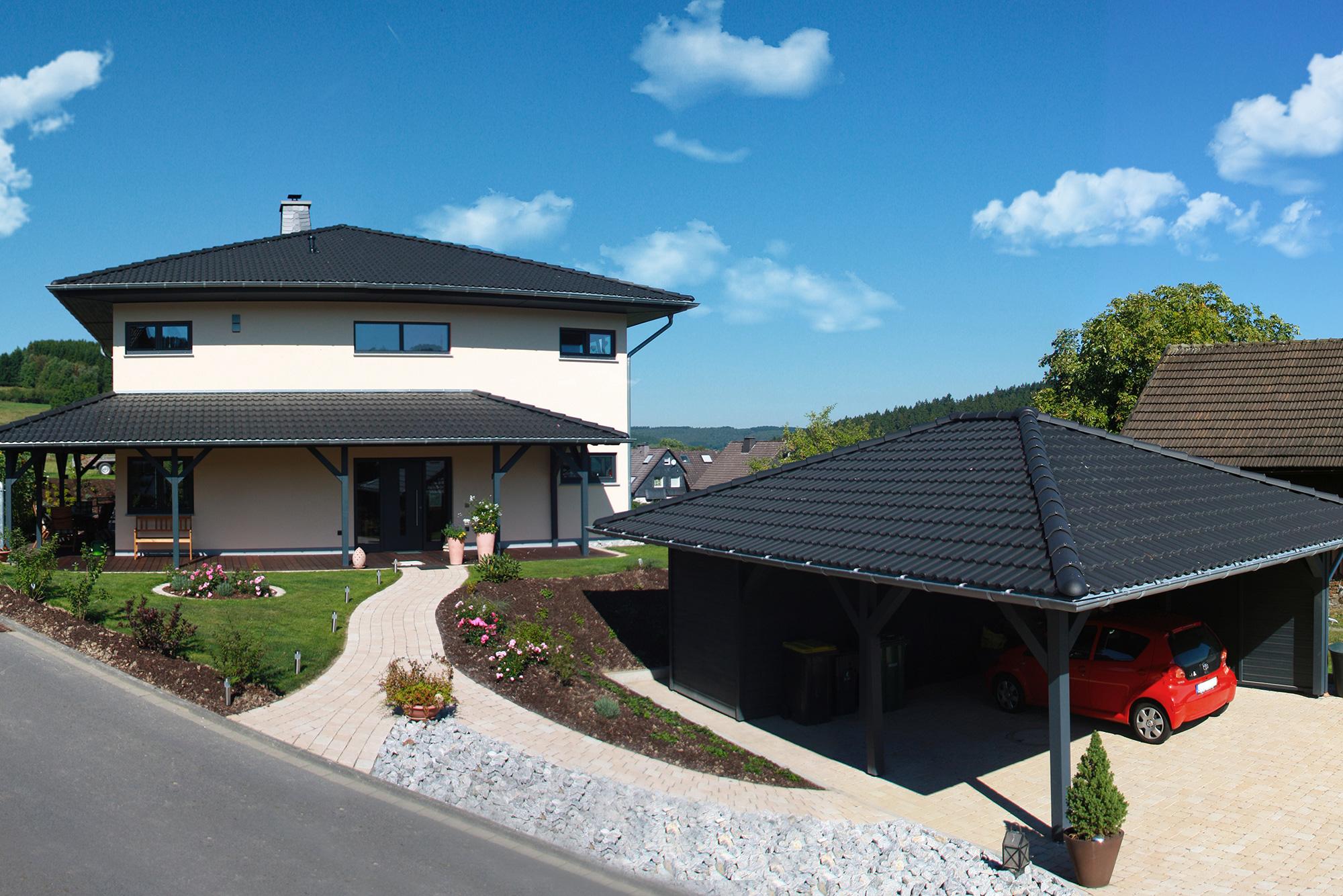 Moderne häuser zeltdach  Quasthaus GmbH – Zeltdachvilla